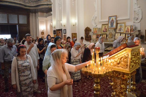 Божественная литургия в день памяти святителя Иоасафа Белгородского
